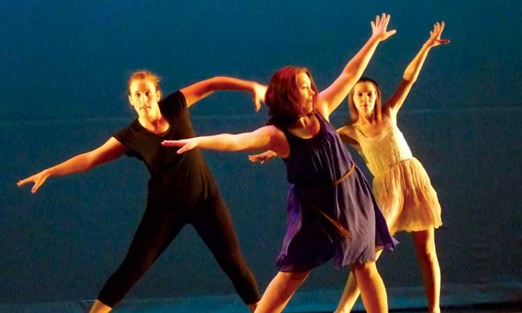 Fall Dance Club performance shines, when it ain't rainin'