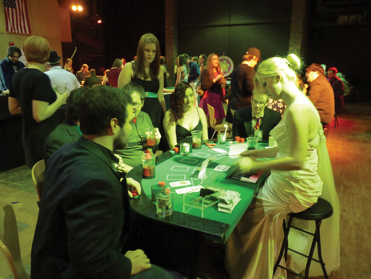 Gamblers+play+cards