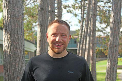JSC grad returns to coach cross country team