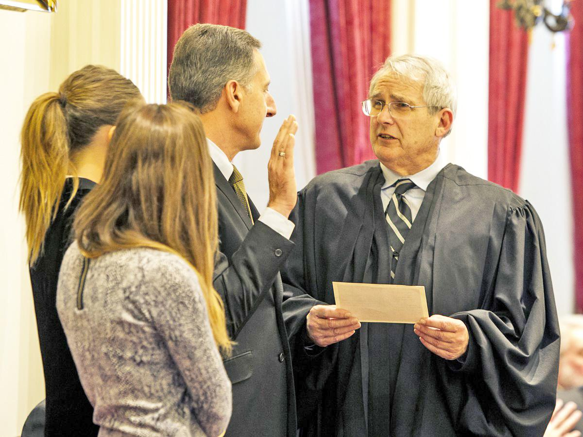 Supreme Court Chief Justice Paul Reiber swears in Governor Shumlin