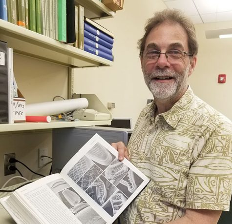 Delightfully devoted to Diatoms: Genter to retire from teaching after fall 2018 semester