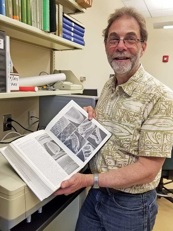 Professor Bob Genter retires after 32 years